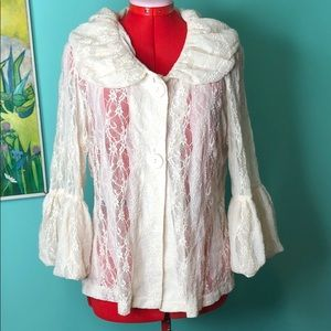 Tres Jolie Accessories lace jacket L EUC